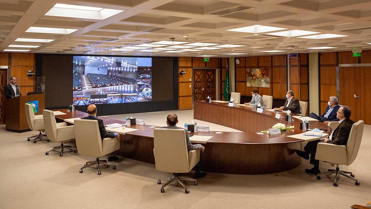 الناصر يستعرض خطة العمل ٢٠٢١-٢٠٢٣ ويشيد بتضحيات الموظفين لتجاوز التحديات