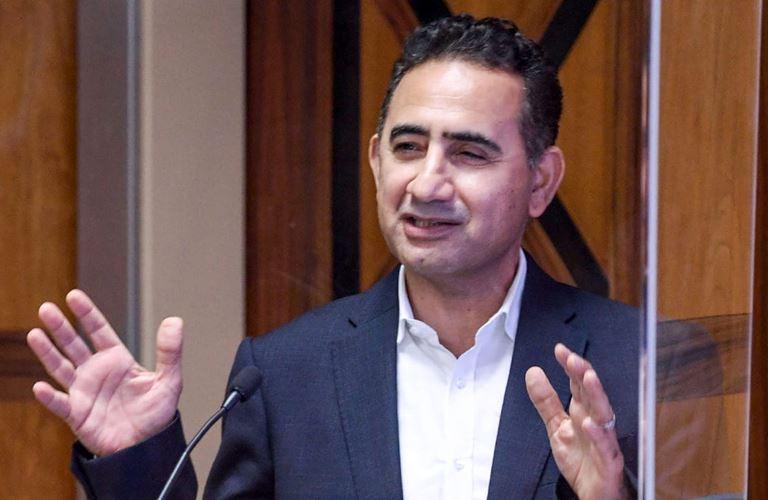 سعيد الحضرمي يتقاعد من منصب نائب الرئيس للبيع بالتجزئة وتطوير الزيوت الأساس بعد رحلة ثلاثة عقود