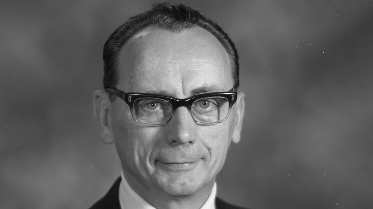 Obituary: Harold (Hal) Fogelquist, former senior vice president of Industrial Relations, dies at 96