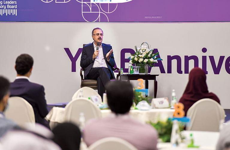في العام العاشر لـ (واي لاب).. الناصر يلتقي بالشباب ويستعرض إستراتيجية أرامكو السعودية