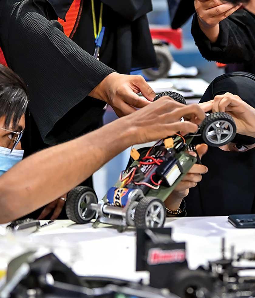 تصنيع سيارات سباق عبر تقنيات الطباعة ثلاثية الأبعاد